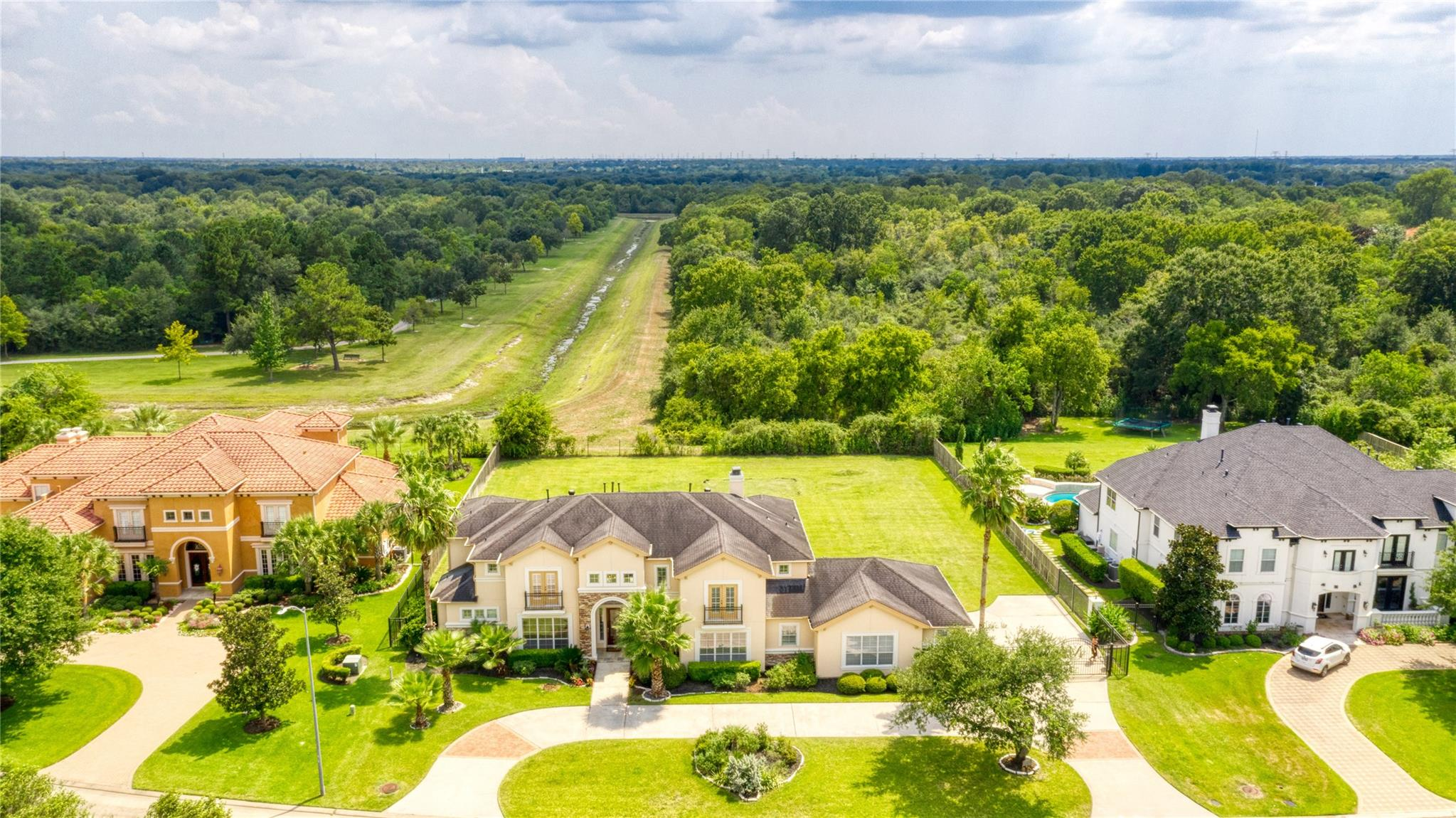 2702 Morganfair Lane Property Photo - Katy, TX real estate listing
