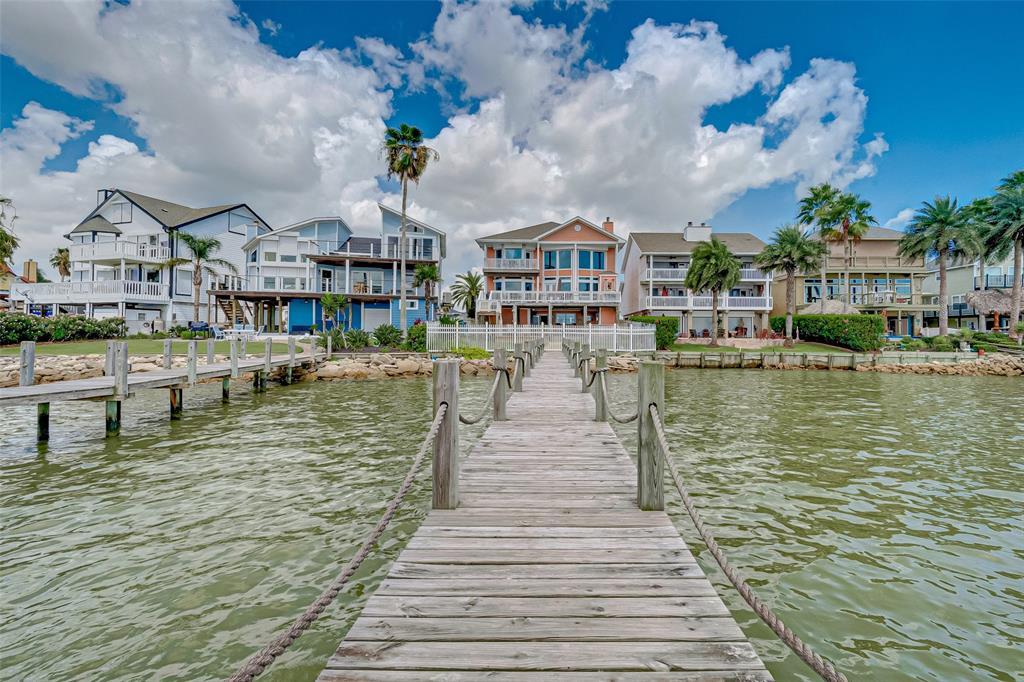 1331 Edwards Drive, San Leon, TX 77539 - San Leon, TX real estate listing