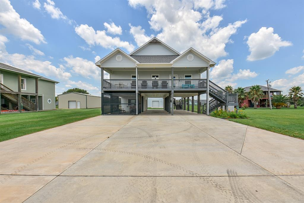 1581 W Bayshore Drive Property Photo - Palacios, TX real estate listing