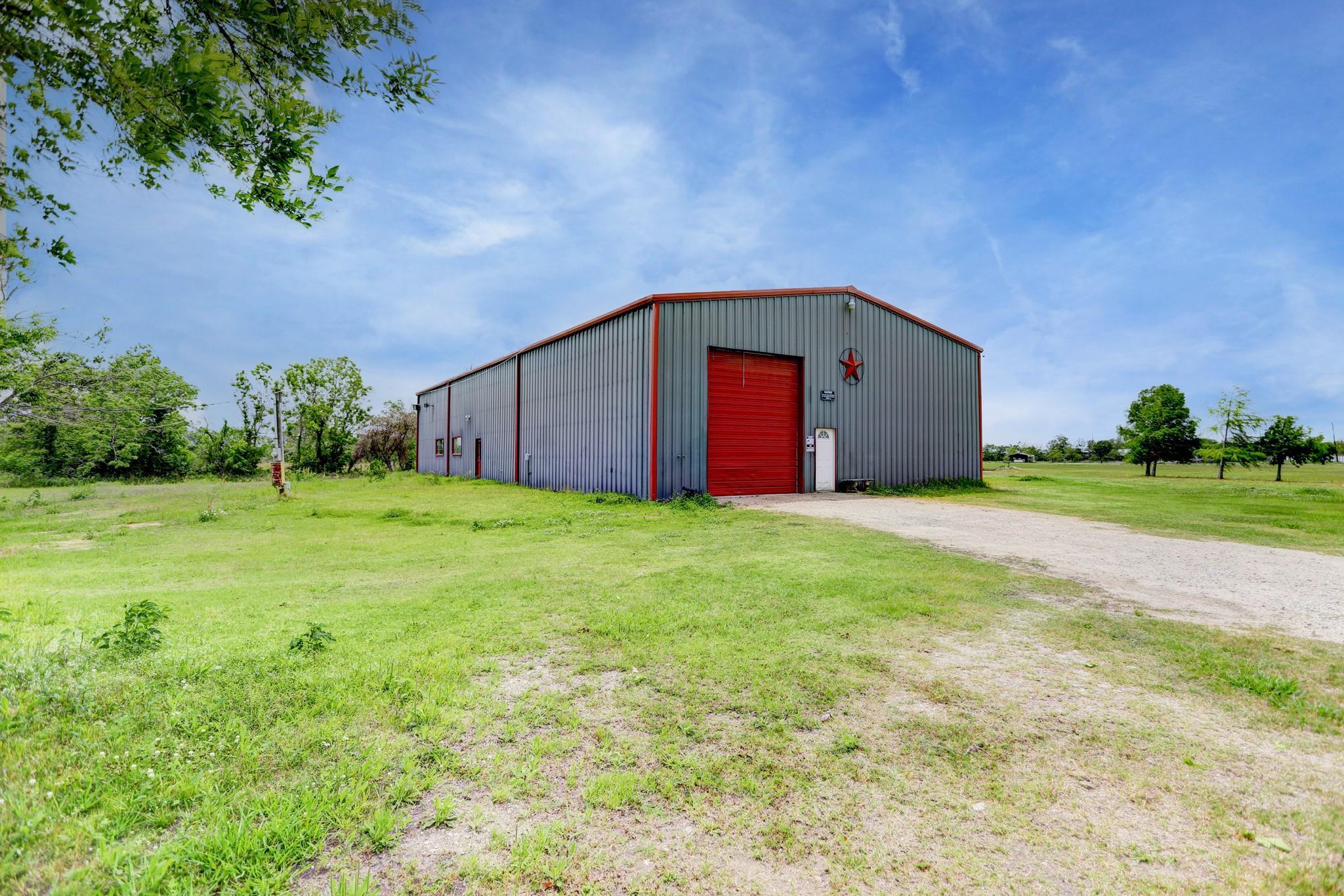 15315 Linda Lane Property Photo