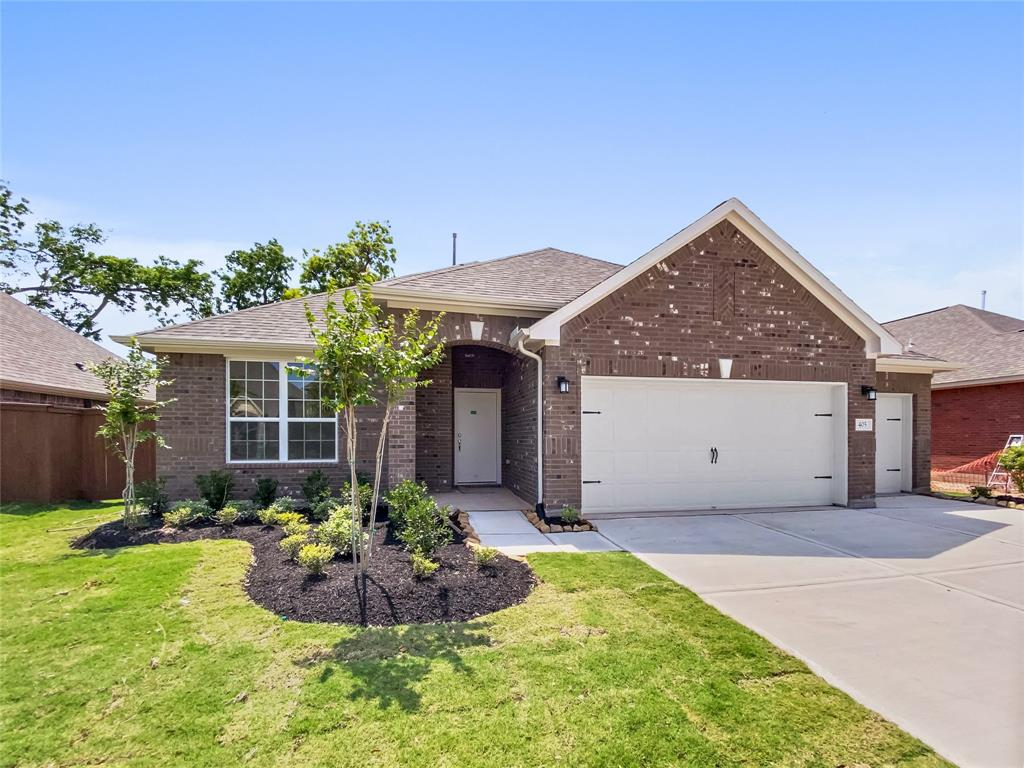 405 Bentwood Way, Clute, TX 77531 - Clute, TX real estate listing