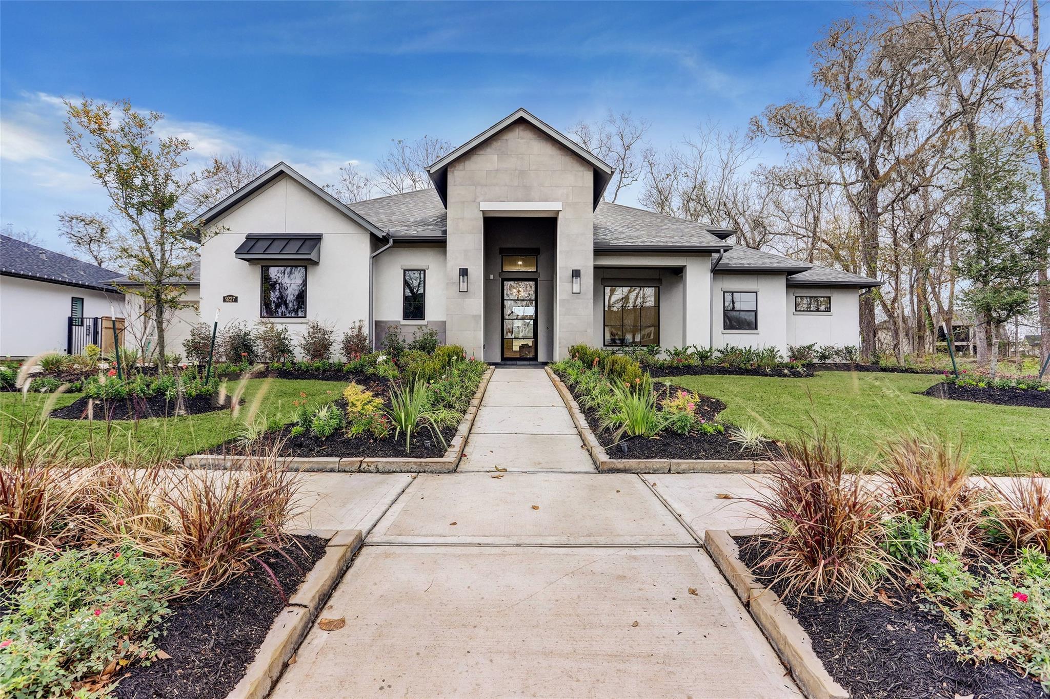 9227 Fox Bend Lane Property Photo