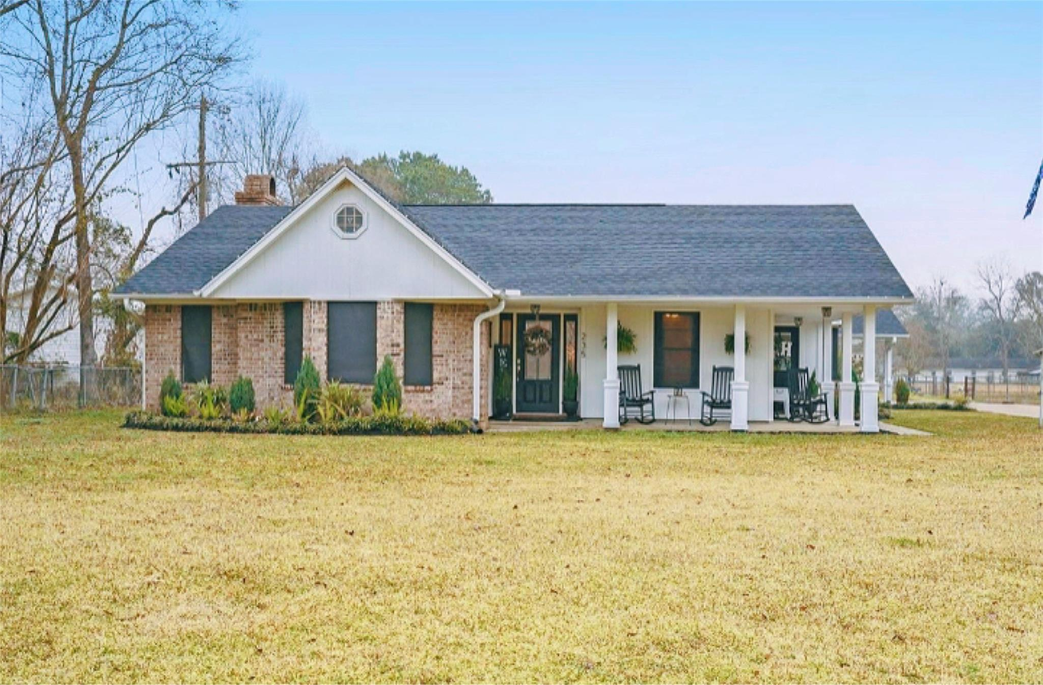 235 County Road 2358 Property Photo