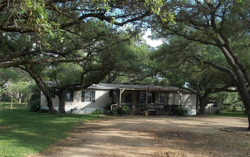1132 PLEASANT TRAIL Road Property Photo - Alleyton, TX real estate listing