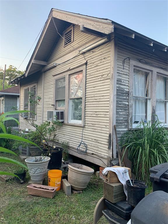 2009 Fletcher Street, Houston, TX 77009 - Houston, TX real estate listing