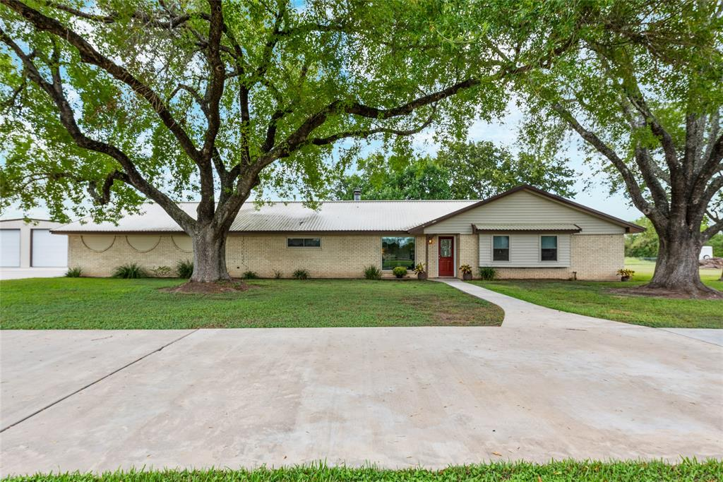 1051 Schulenburg Lane, Columbus, TX 78934 - Columbus, TX real estate listing
