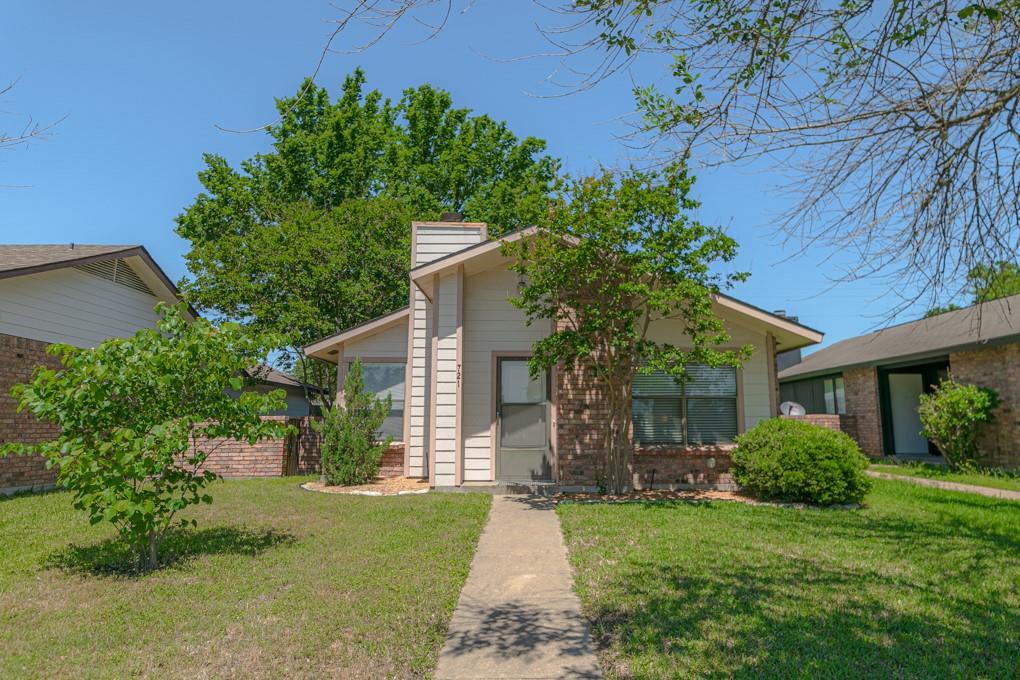 721 Lincoln Avenue Property Photo