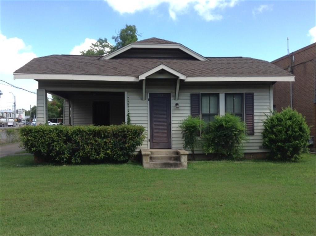 129 E Crockett Street Property Photo
