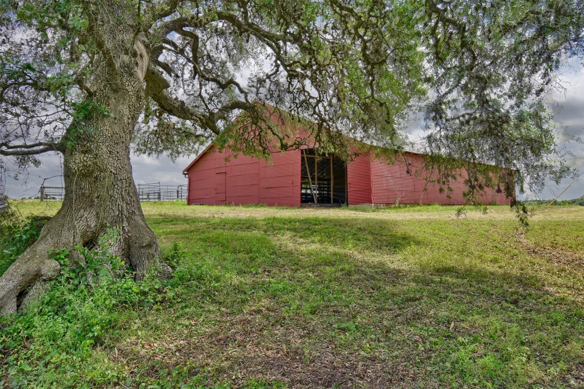 4707 W FM 390 W Property Photo - Burton, TX real estate listing
