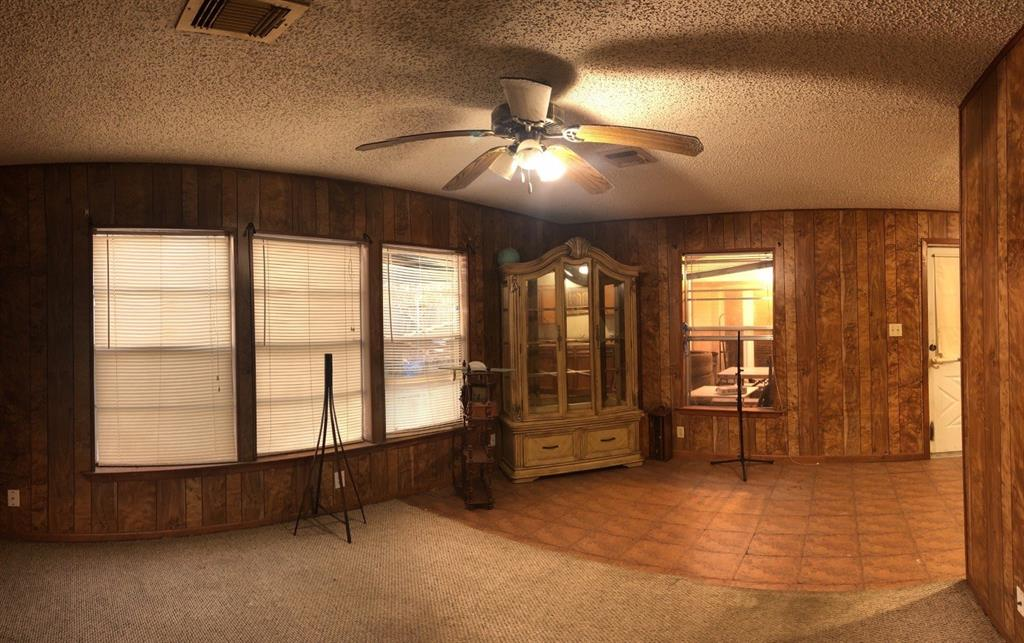 106 LAKESIDE Drive Property Photo - Channelview, TX real estate listing