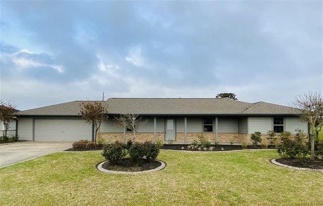 15219 Cliff Street Property Photo - Hamshire, TX real estate listing