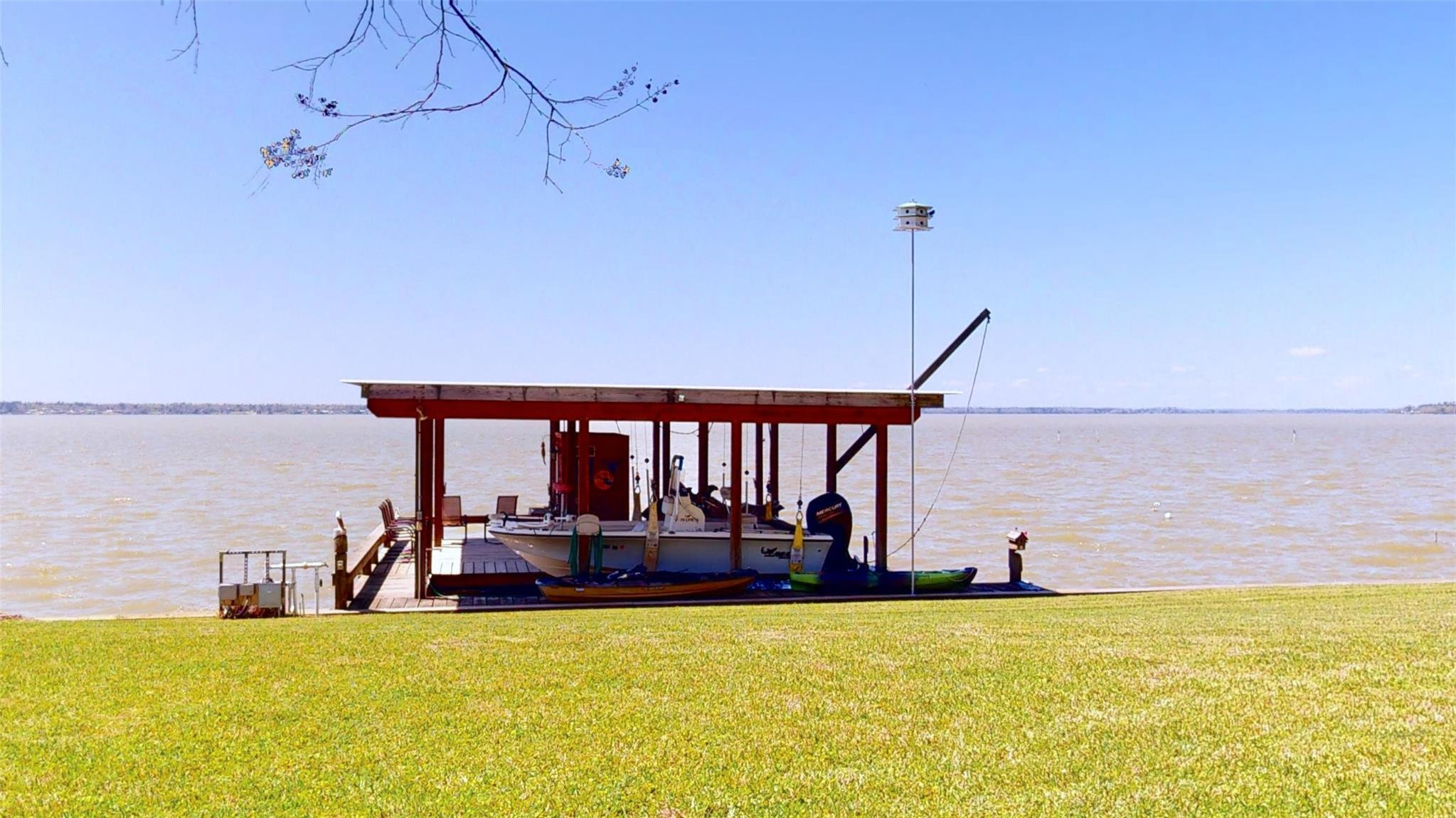 266 Lakeview Harbor Property Photo