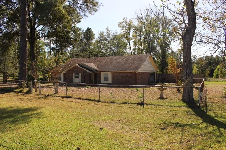 466 Emanuel Road Property Photo - Goodrich, TX real estate listing