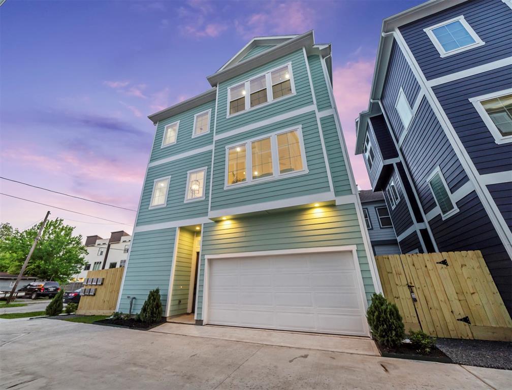 204 Burr Street #G Property Photo - Houston, TX real estate listing