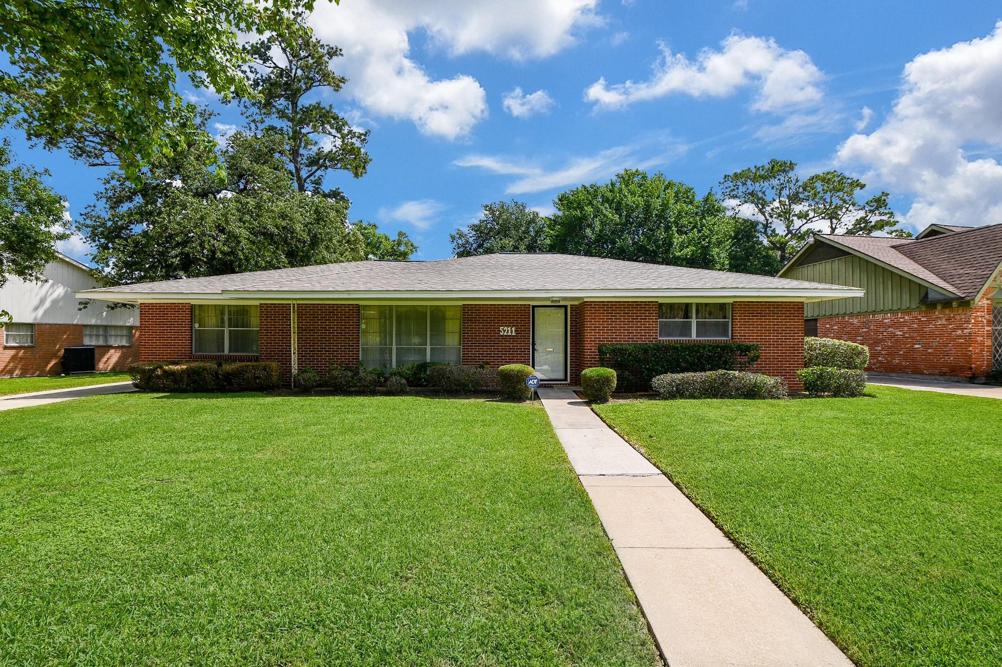 5211 Berry Creek Drive Property Photo