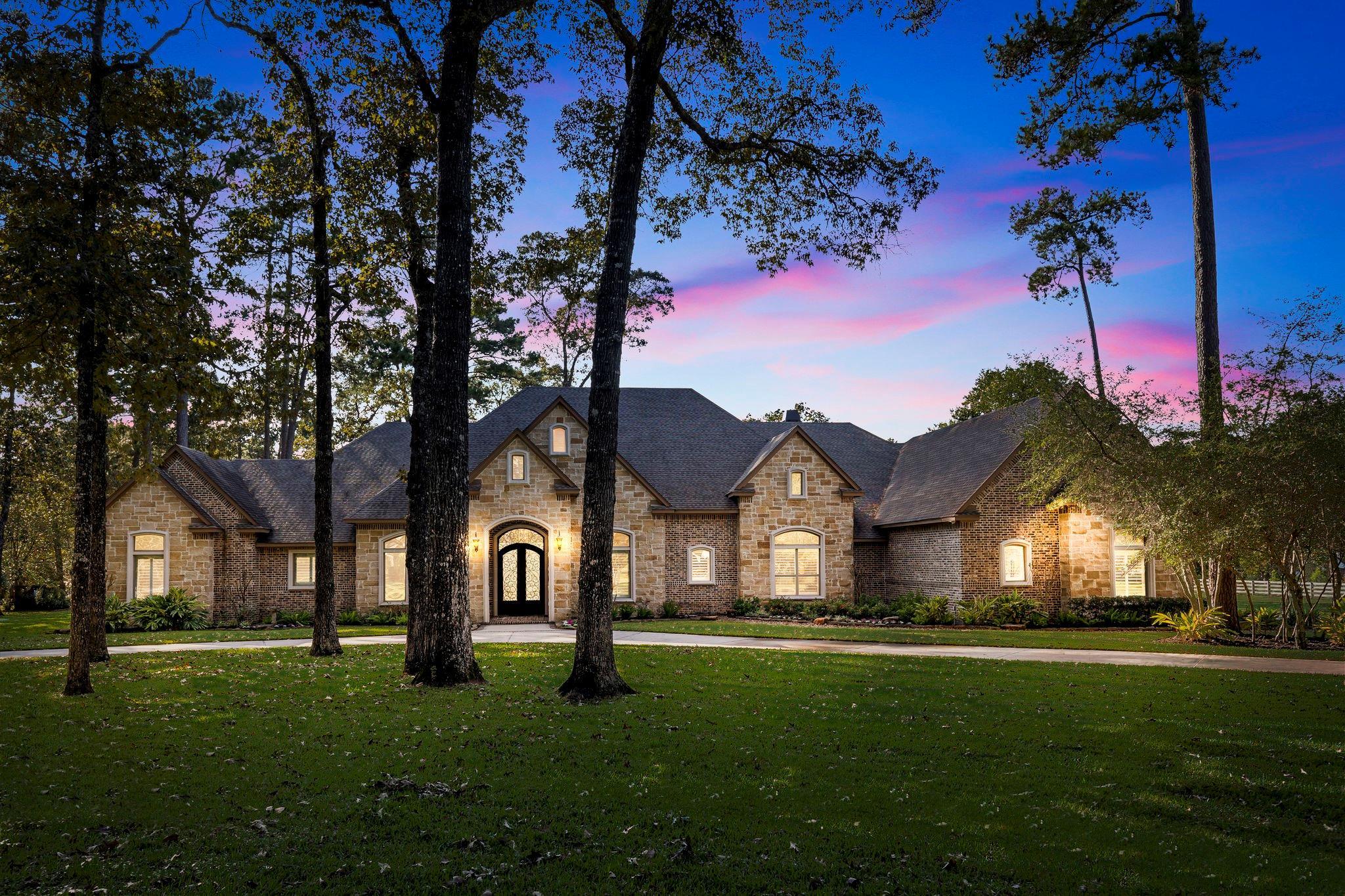 23002 Oak Hollow Lane Property Photo - Tomball, TX real estate listing