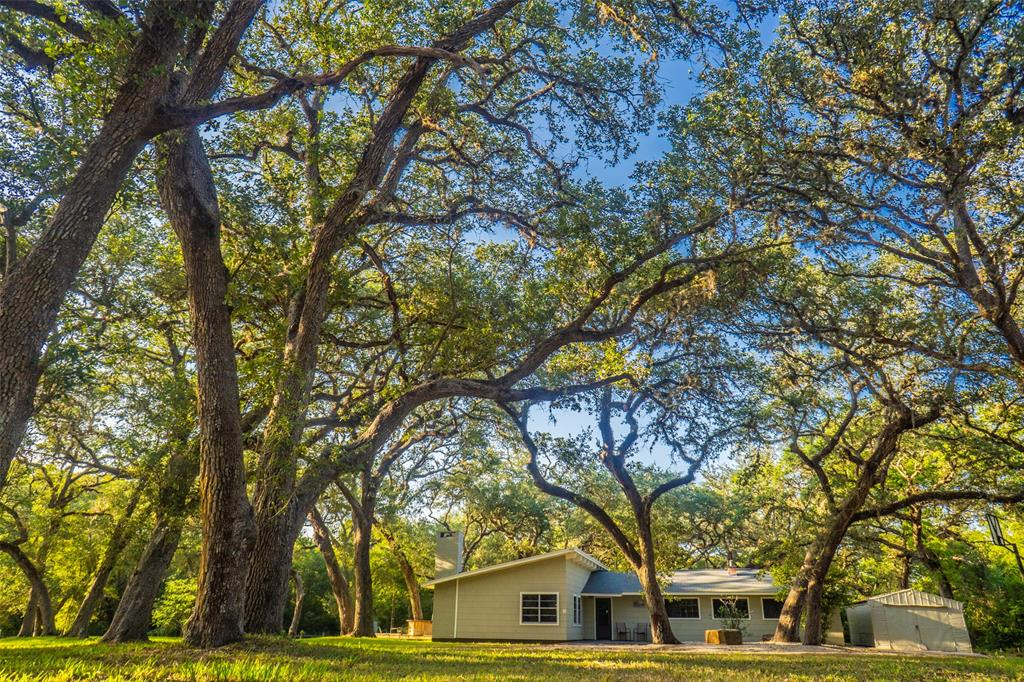 11972 Fm 1300 Property Photo - Louise, TX real estate listing