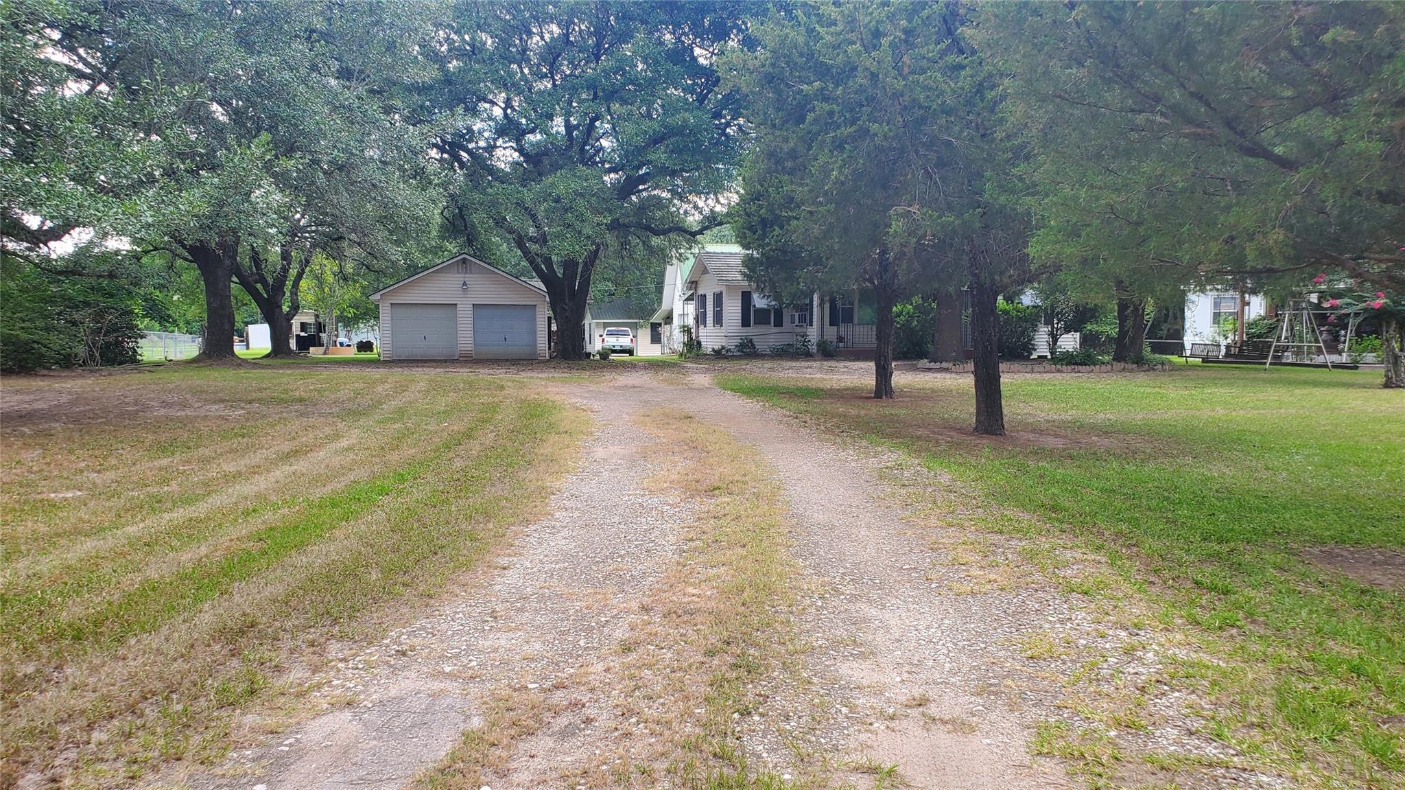 22307 Sherrouse Lane Property Photo 6