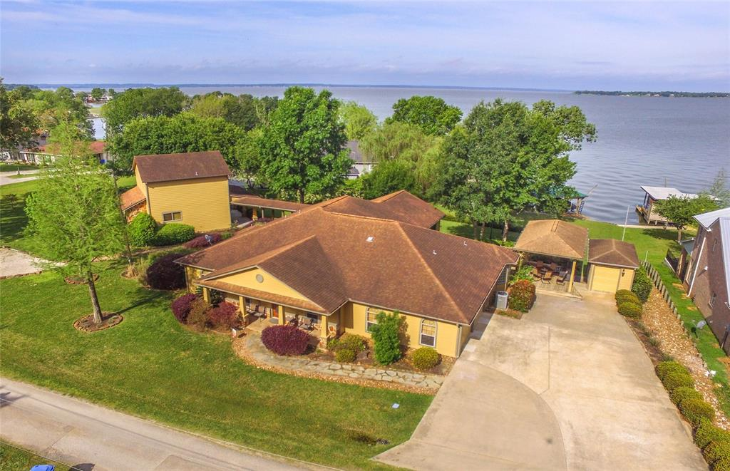 257 Sunset Shadows Blvd Property Photo - Livingston, TX real estate listing