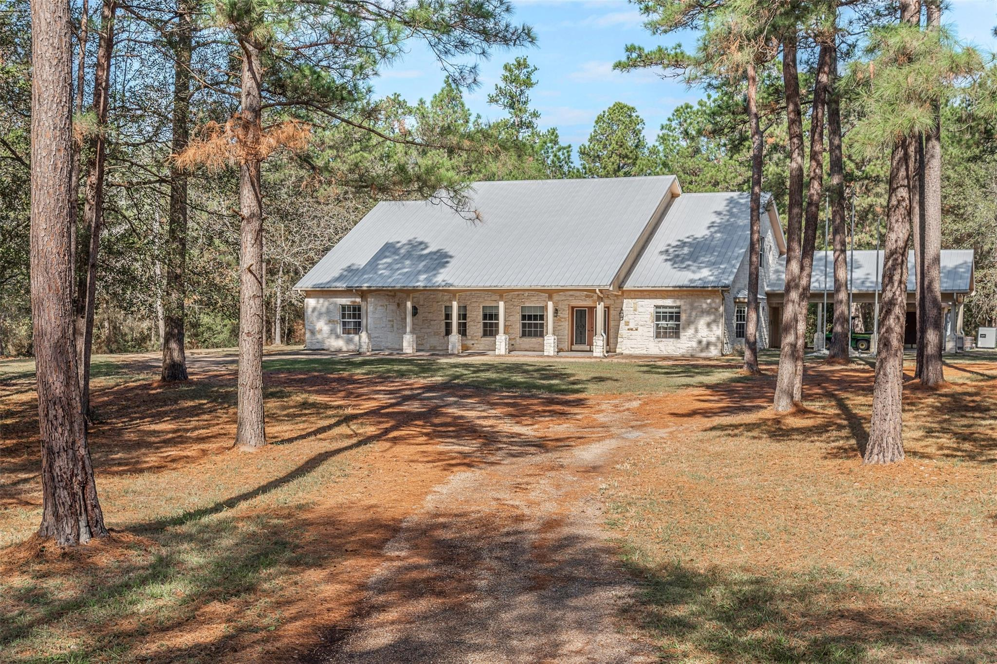 14375 Urbanosky Lane Property Photo - Plantersville, TX real estate listing