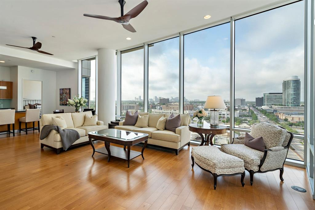 2727 Kirby Drive #10B Property Photo - Houston, TX real estate listing