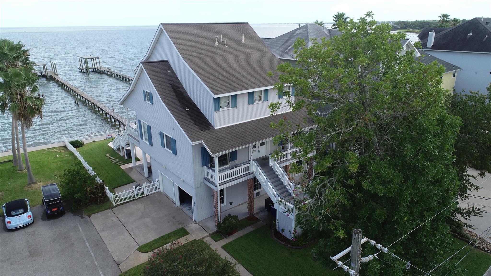 801 Bay Avenue Property Photo - Kemah, TX real estate listing