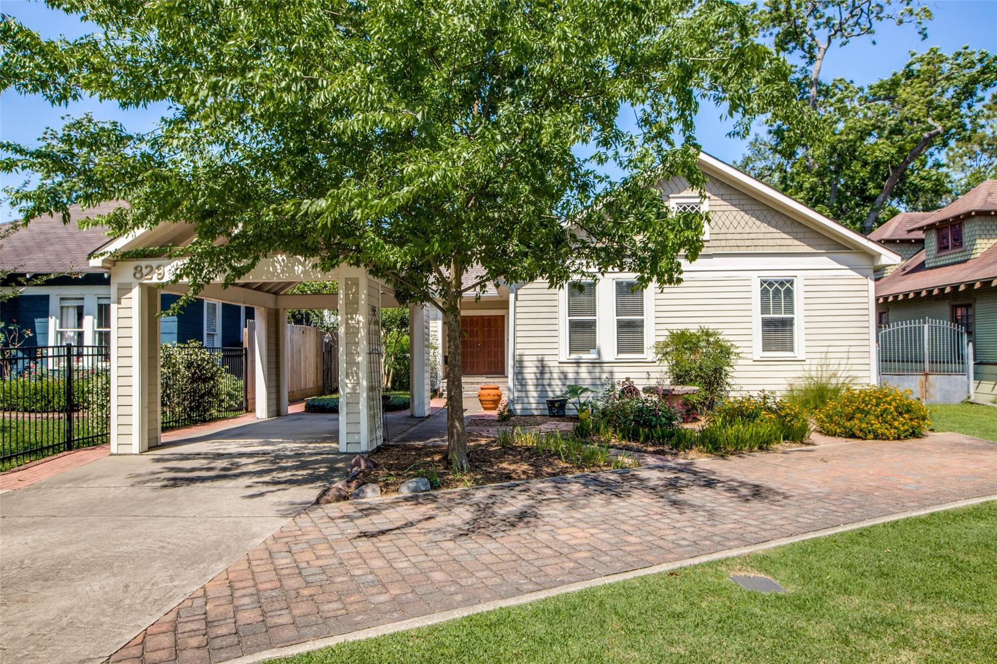 829 Tulane Street Property Photo