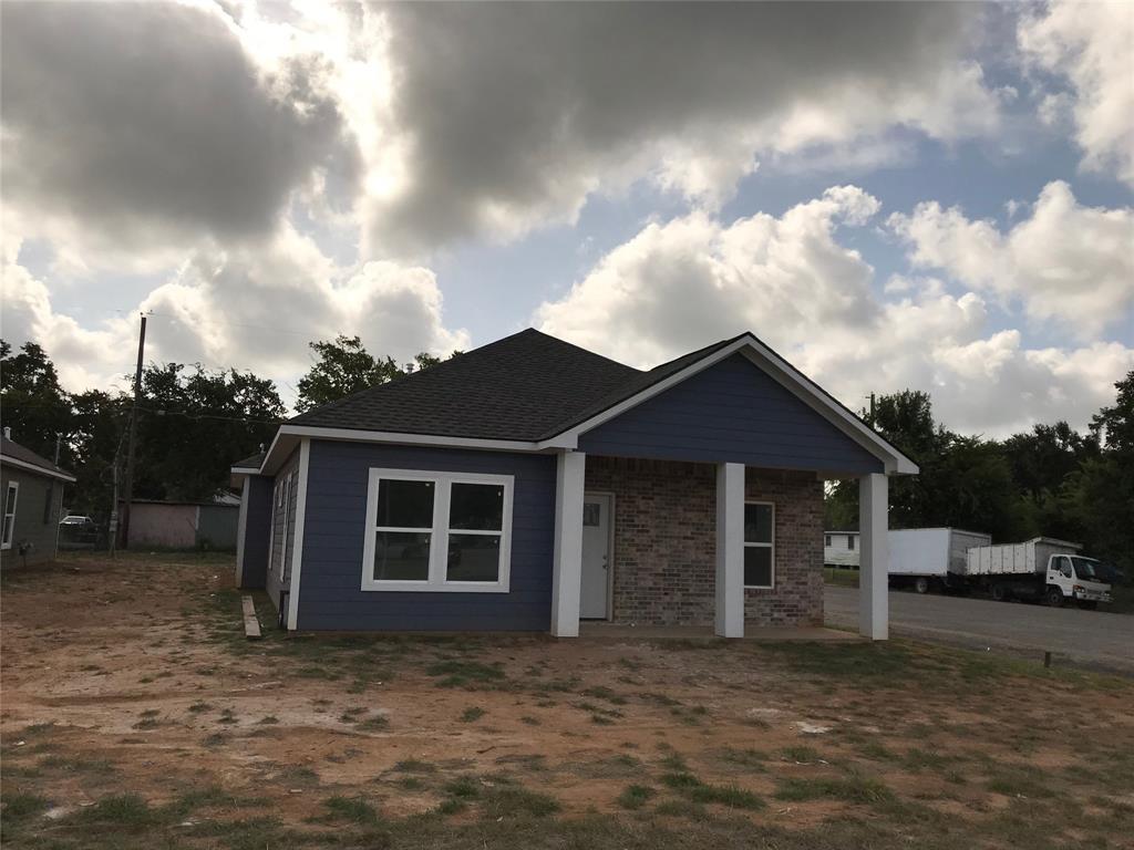2340 11th Street, Hempstead, TX 77445 - Hempstead, TX real estate listing