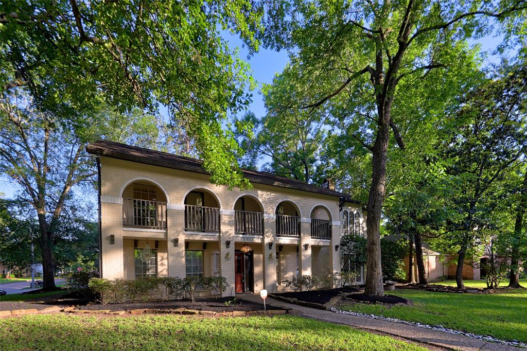 5903 Green Springs Drive Property Photo - Houston, TX real estate listing