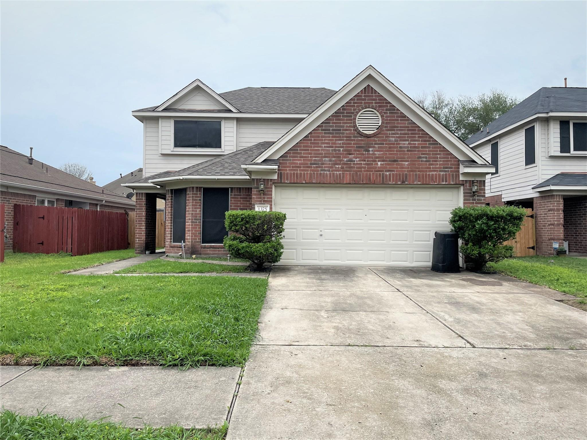 1375 Hitchin Lane Property Photo - Channelview, TX real estate listing