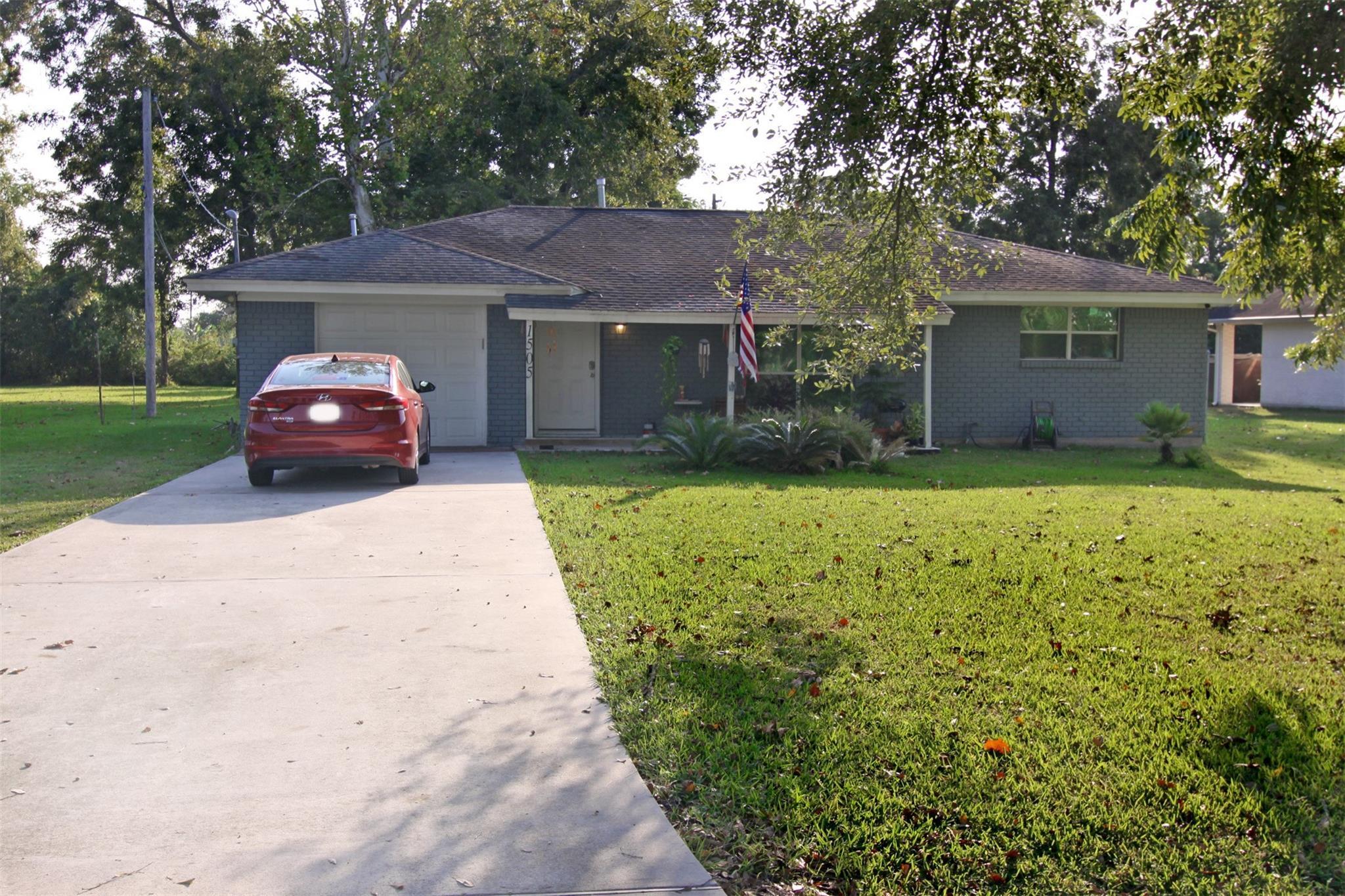 Abraham Real Estate Listings Main Image