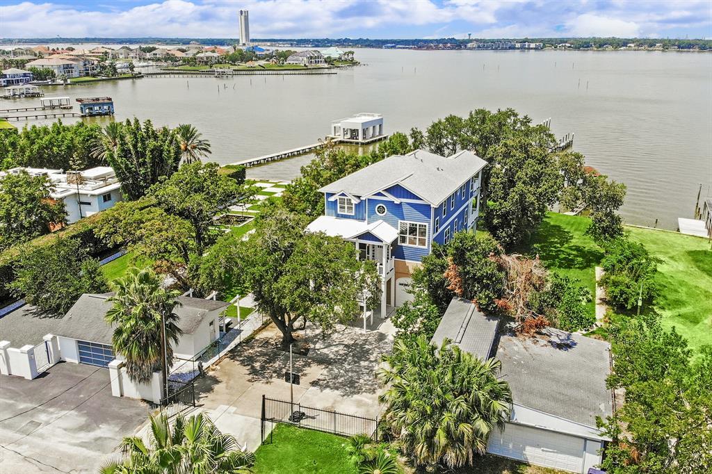 1814 Cove Park Drive, Kemah, TX 77565 - Kemah, TX real estate listing