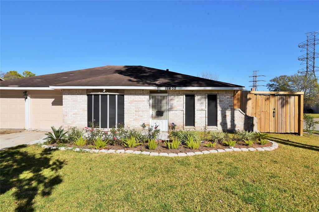11602 Sharpview Drive, Houston, TX 77072 - Houston, TX real estate listing