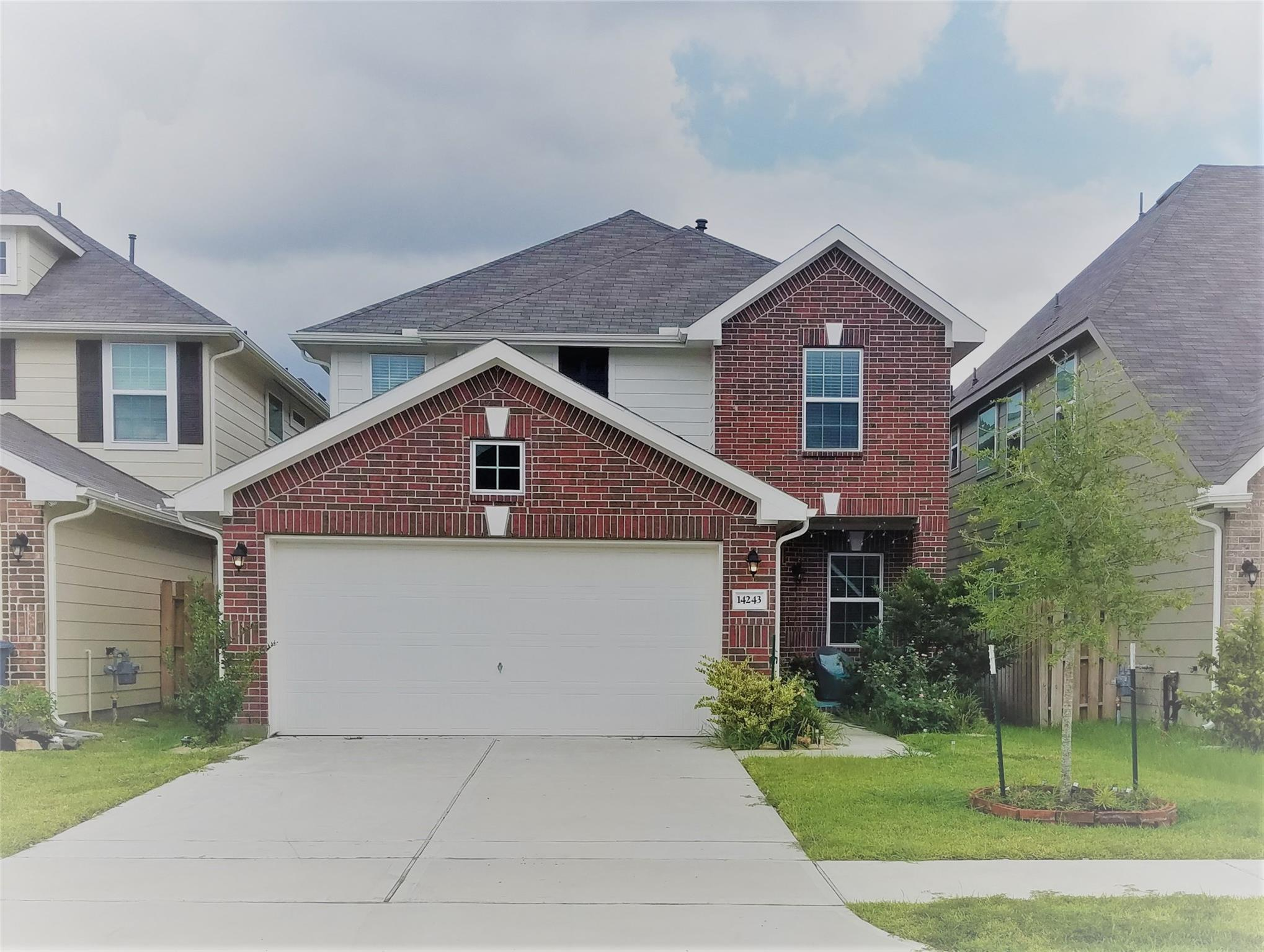 14243 Playa Bend Lane Property Photo - Houston, TX real estate listing