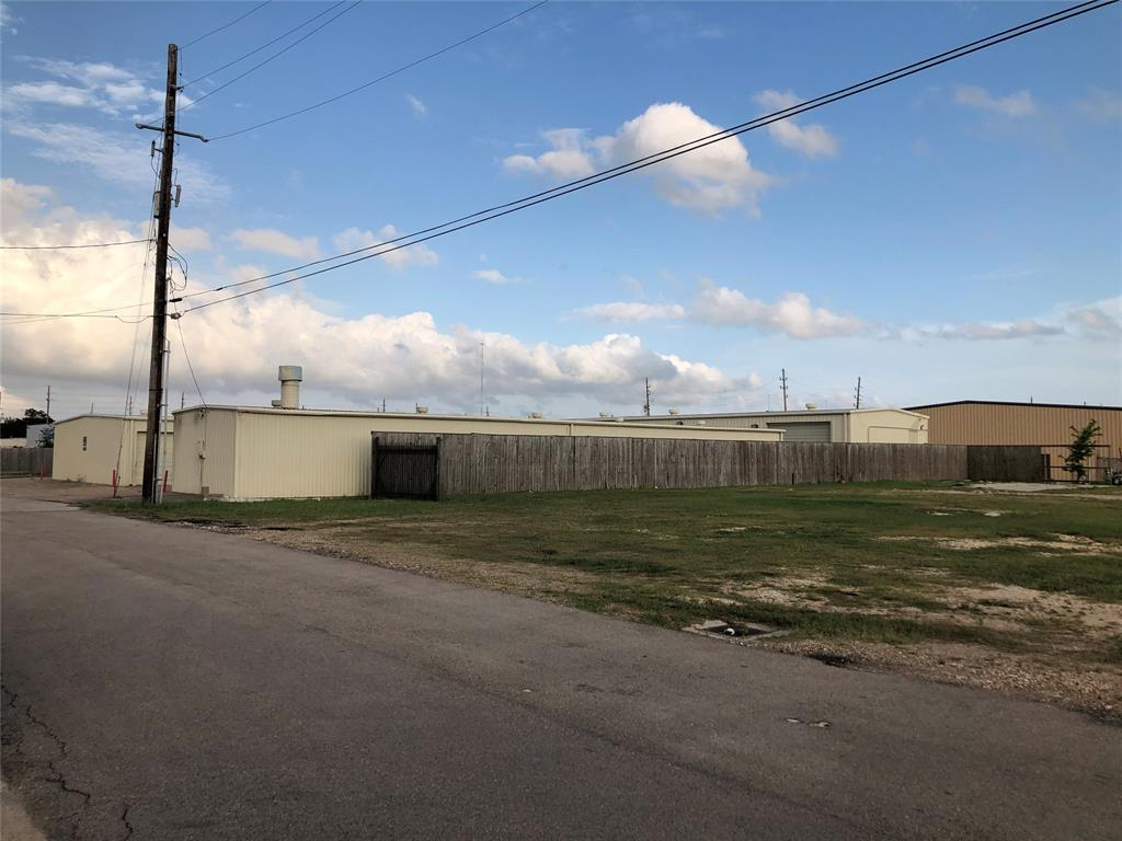 10503 Scarpinato Road Property Photo - Stafford, TX real estate listing