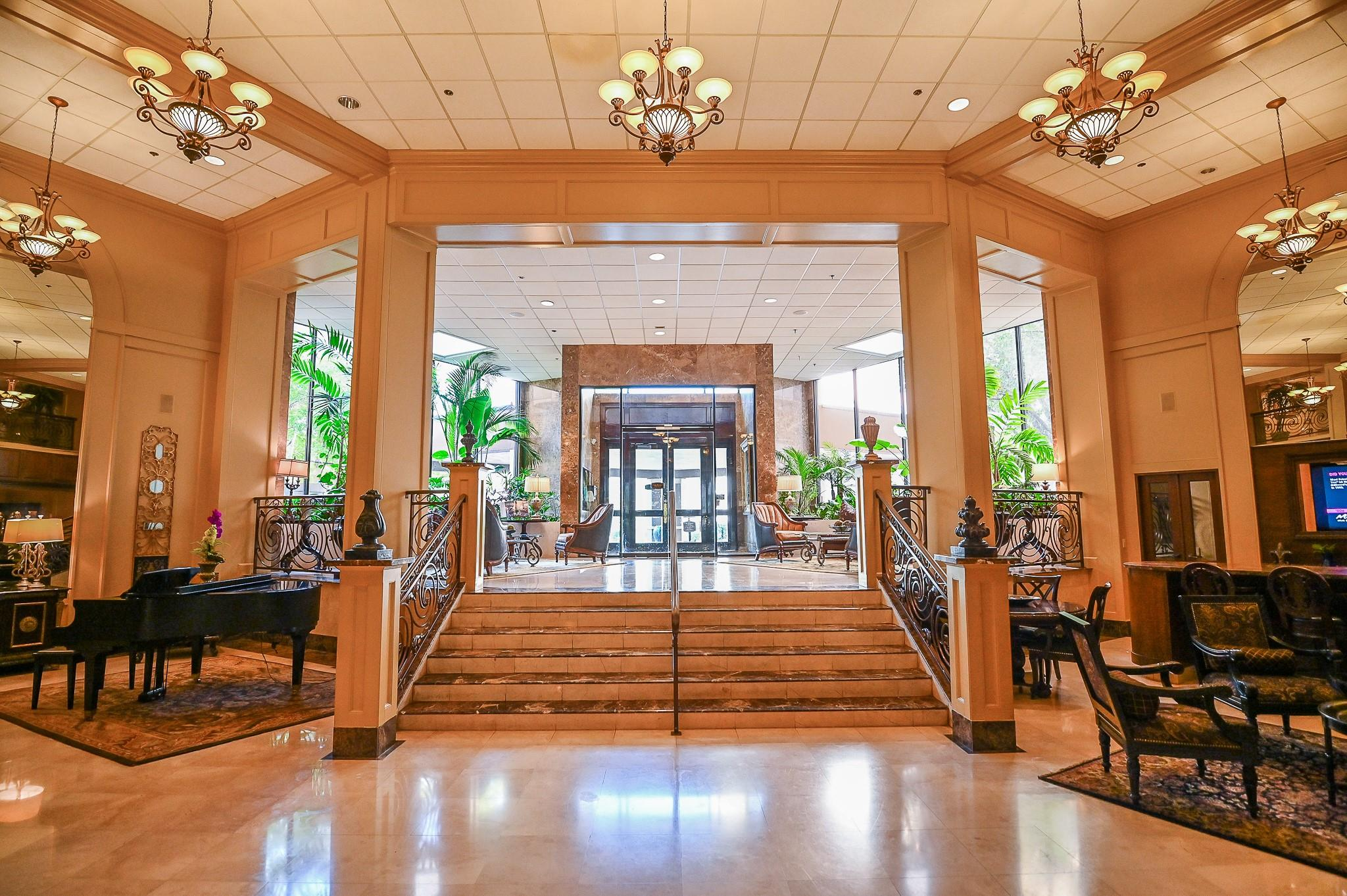3525 Sage Road #1613 Property Photo - Houston, TX real estate listing