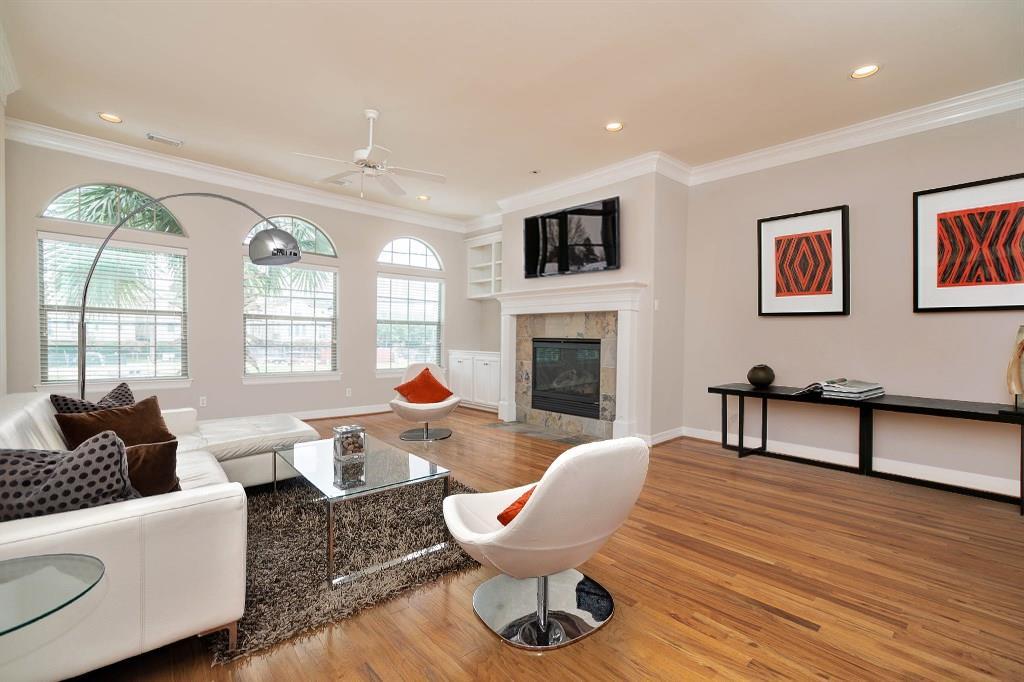106 Drew Street Property Photo - Houston, TX real estate listing