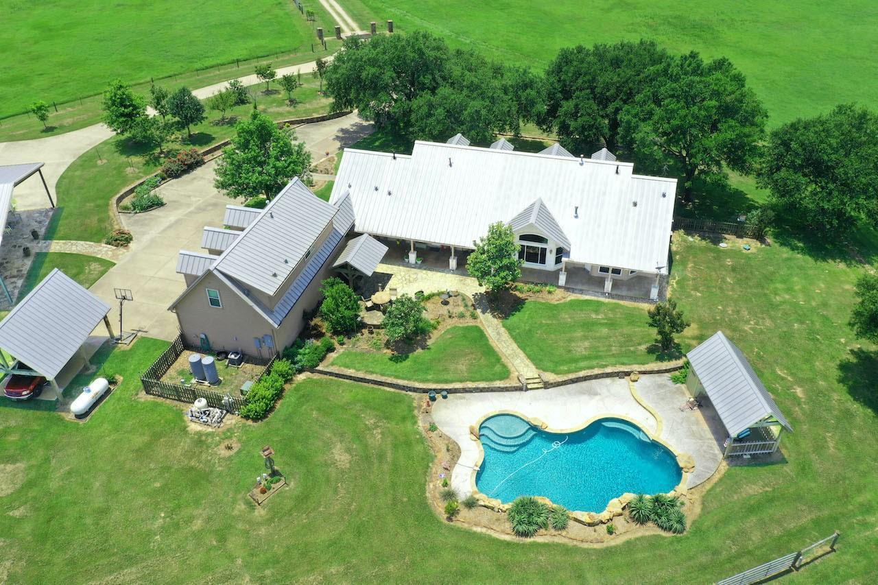 41236 Kelley Road Property Photo
