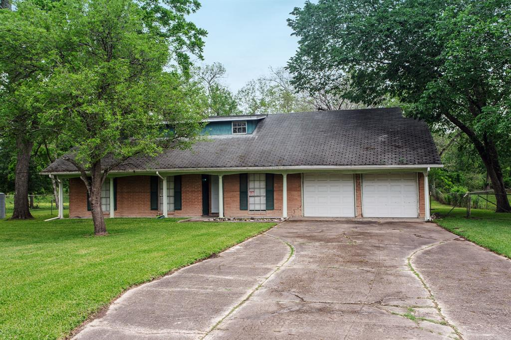 12247 Oakline Drive, Brookside, TX 77581 - Brookside, TX real estate listing