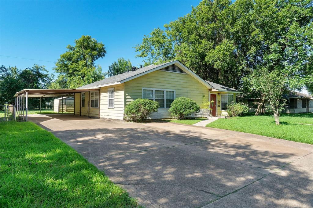 10610 Fleming Drive Drive Property Photo - Houston, TX real estate listing