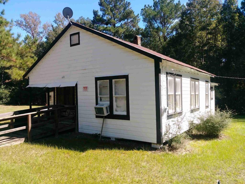 608 Robert Mcqueen Road Property Photo
