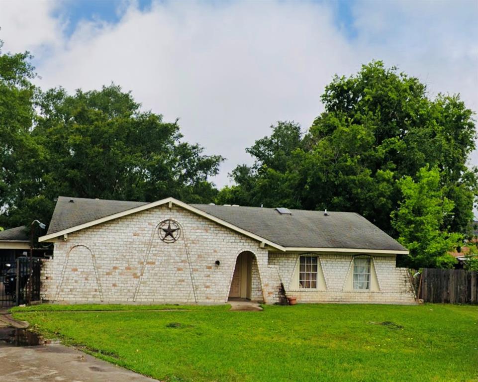 4302 Carnelian Drive Property Photo - Houston, TX real estate listing