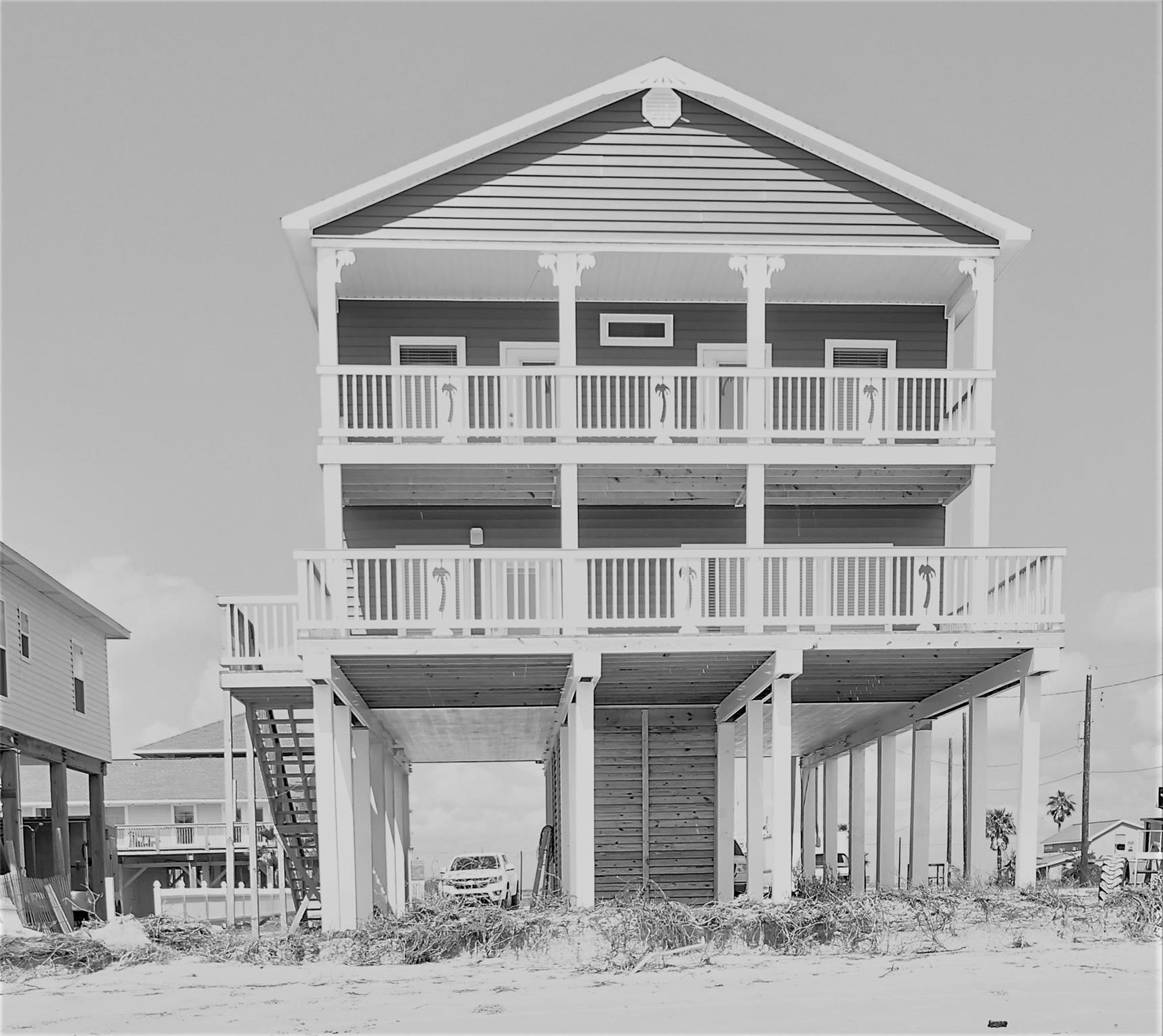 103 West Palm Street Property Photo - Surfside Beach, TX real estate listing