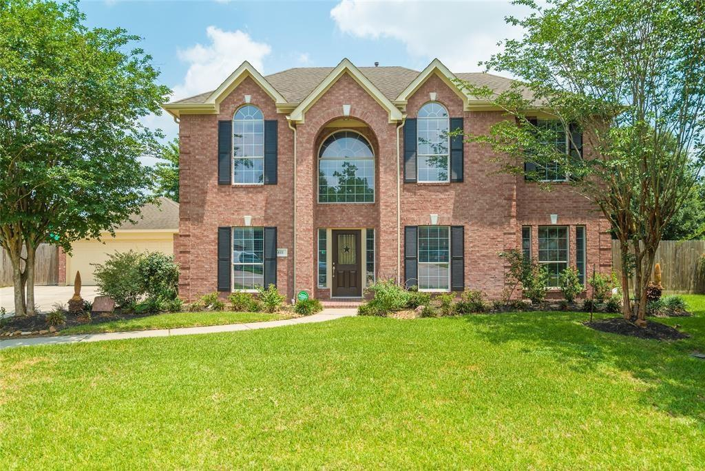 611 Jeremy Court Property Photo - Oak Ridge North, TX real estate listing