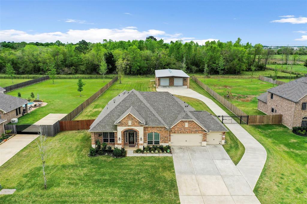 15310 ICET CREEK Avenue, Mont Belvieu, TX 77523 - Mont Belvieu, TX real estate listing
