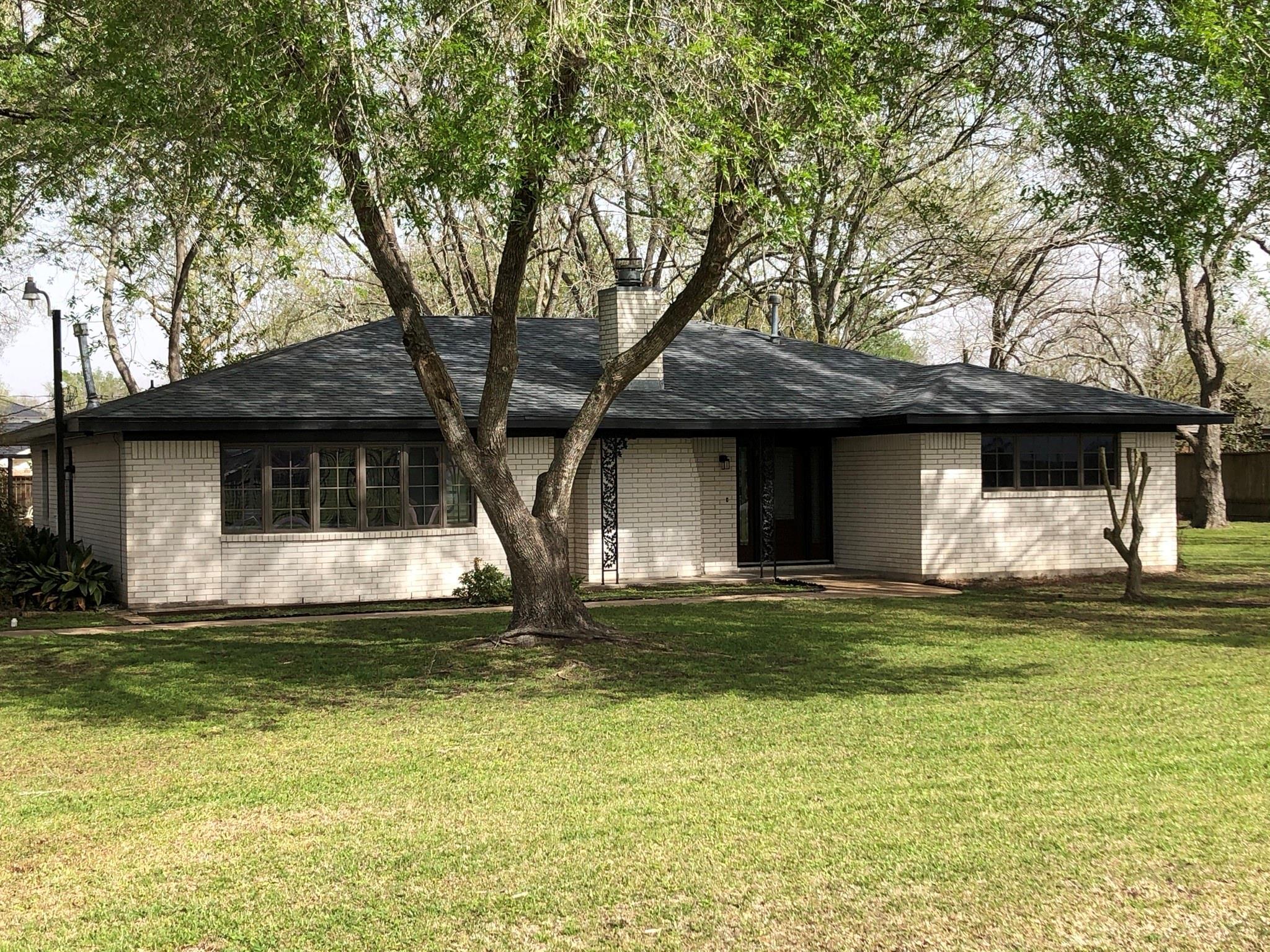 12803 Fairlane Drive Property Photo - Brookside, TX real estate listing