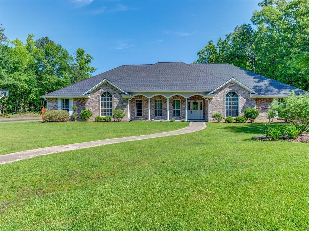 101 Primrose Court Property Photo - Lufkin, TX real estate listing