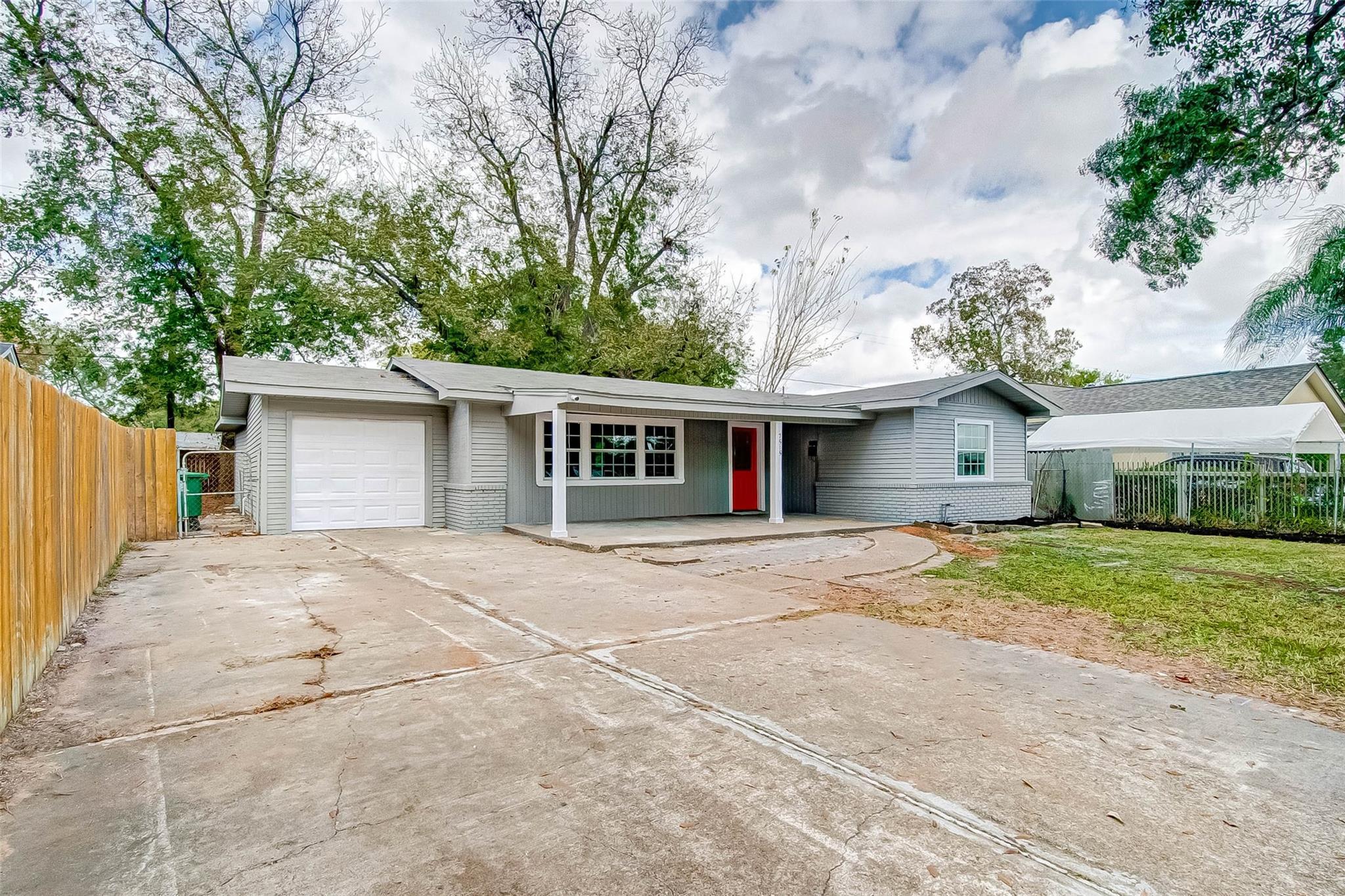 7515 El Rancho Street Property Photo - Houston, TX real estate listing