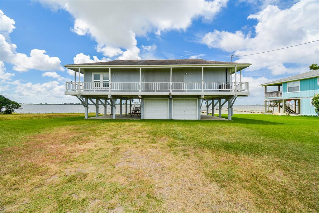 1950 W Bayshore Drive Property Photo - Palacios, TX real estate listing