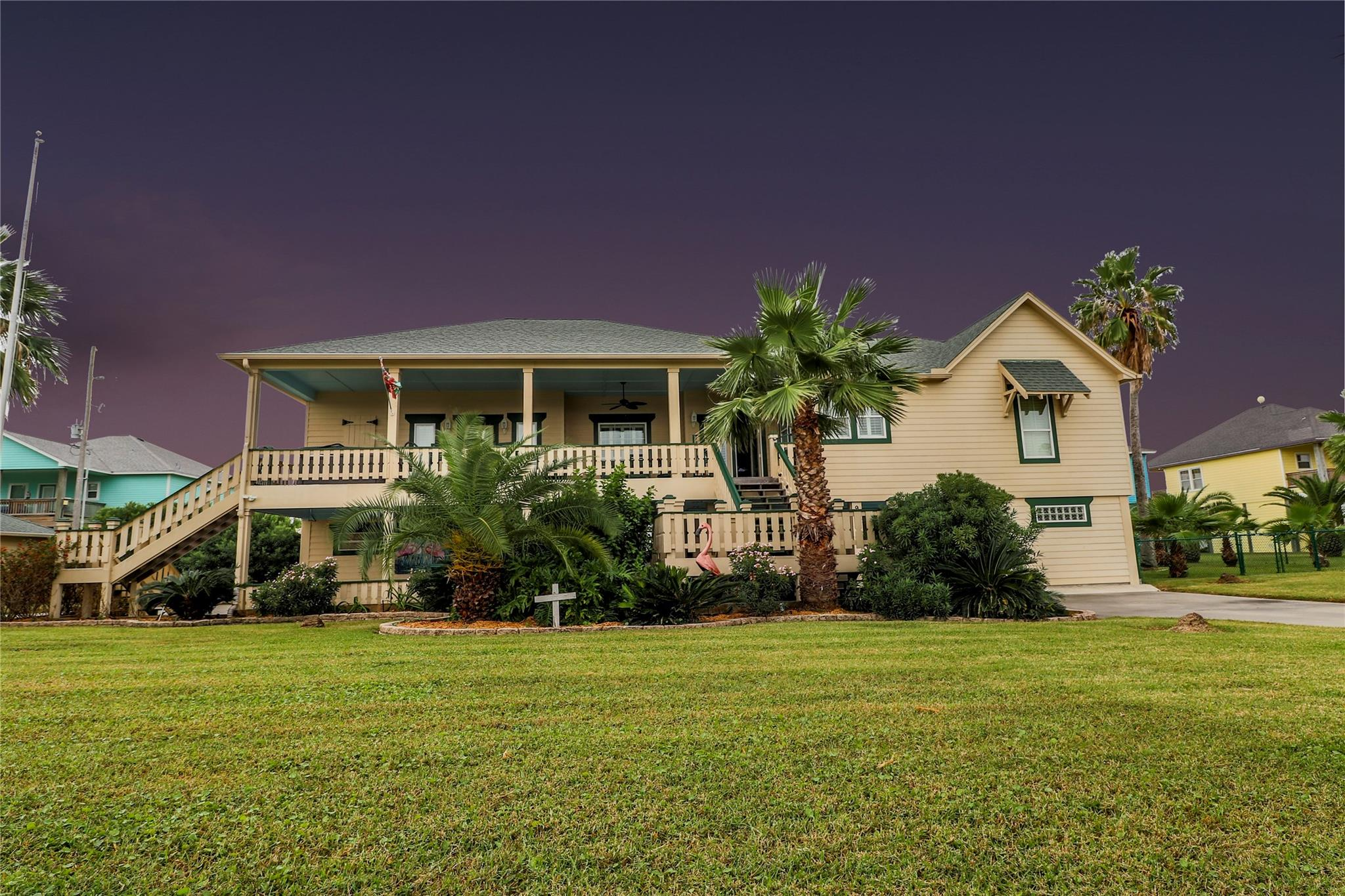 973 Kenlyn Drive Property Photo - Crystal Beach, TX real estate listing